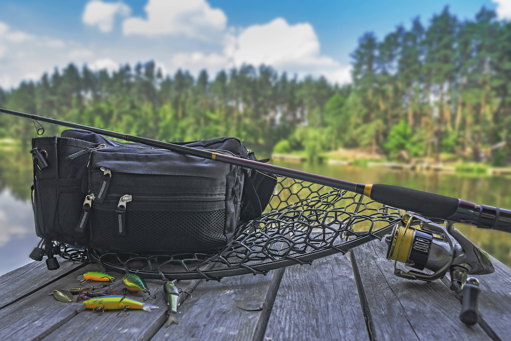 Best Fly Fishing Chest Packs of 2019: Complete Reviews with Comparisons