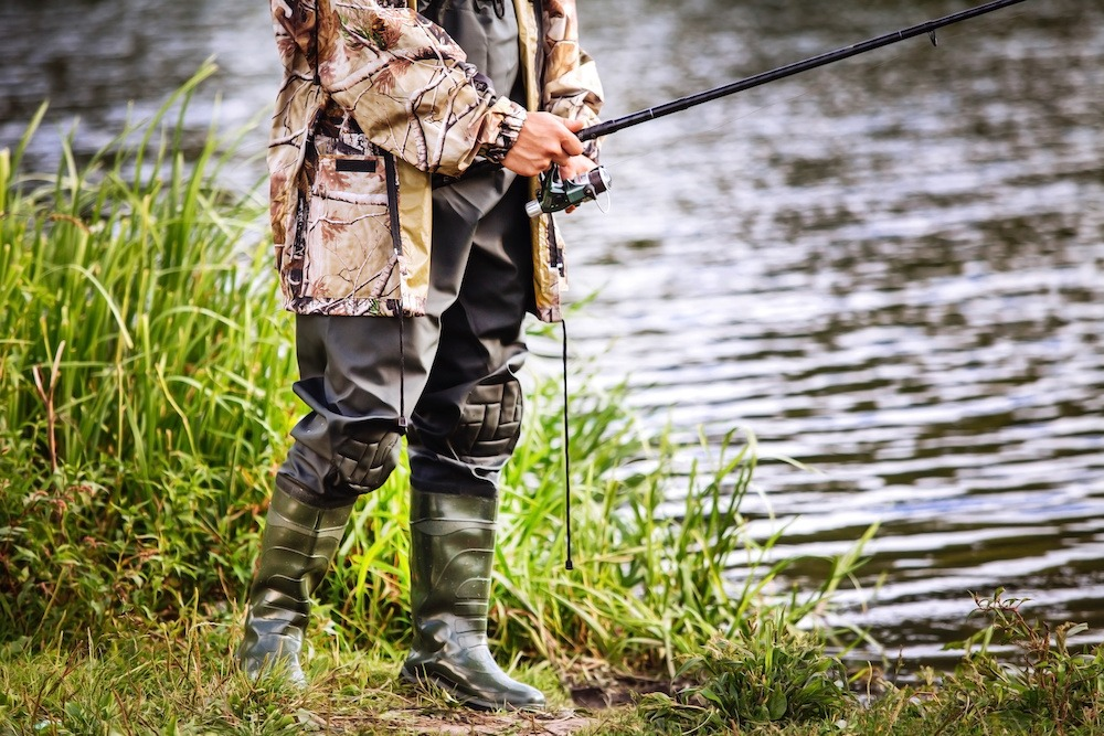 Best Fishing Pants (For Men) of 2019: Complete Reviews With Comparisons